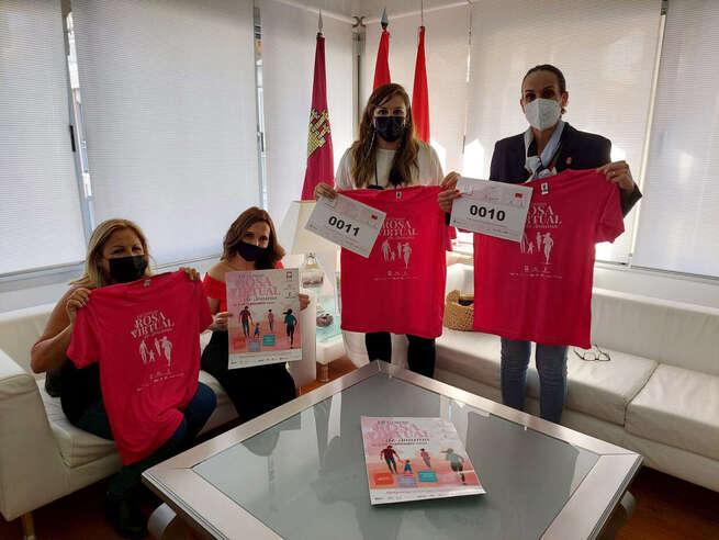 El Ayuntamiento de Ciudad Real suma su apoyo a la séptima edición de la carrera rosa de AMUMA