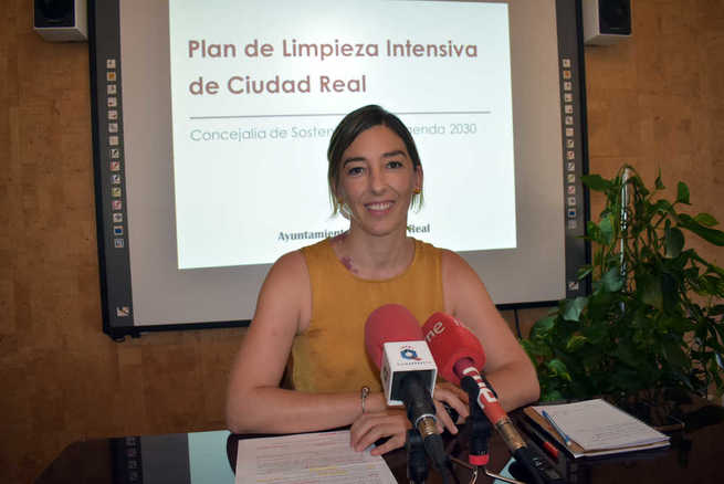 Más efectivos, inversión en maquinaria y concienciación ciudadana, pilares del Plan de Limpieza de Ciudad Real
