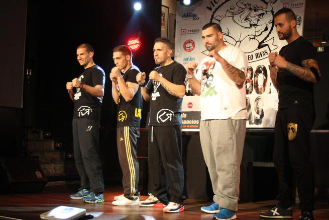 Imagen: El boxeador Iván Martínez celebra su despedida en Zahora Magéstic