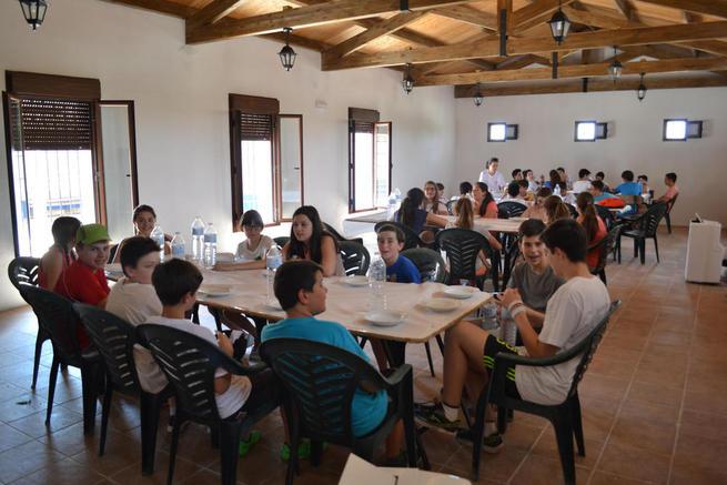Imagen: Los jóvenes de Miguel Esteban disfrutan de un campamento de inmersión lingüística