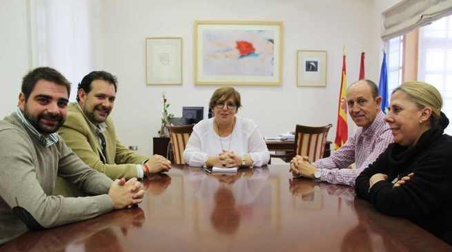 La Asociación de Cofradías de Ciudad Real traslada al Gobierno de Castilla-La Mancha las novedades para la Semana Santa 2019