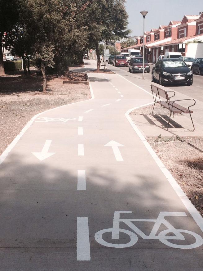 Un nuevo carril bici une las calles Vendimia y Caldereros en Miguelturra