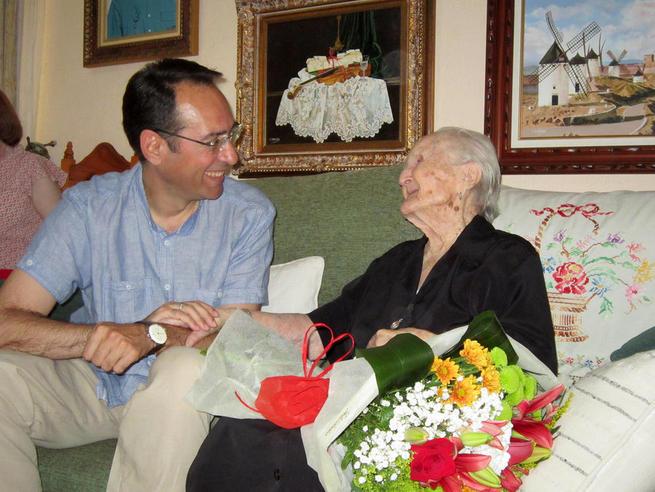 Imagen: Doña Juana Espada Marín cumple hoy 100 años en Villacañas