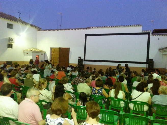 'Antes de la quema', 'Capitana Marvel' y 'El parque mágico', en el cine de verano municipal de Manzanares