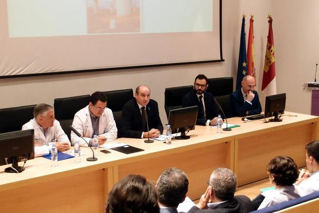 Imagen: El presidente del COF Ciudad  Real demanda una herramienta de comunicación ágil entre profesionales sanitarios