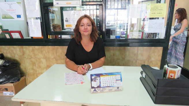 El Ayuntamiento de Manzanares renueva la figura del conserje escolar municipal para el curso 2019/2020
