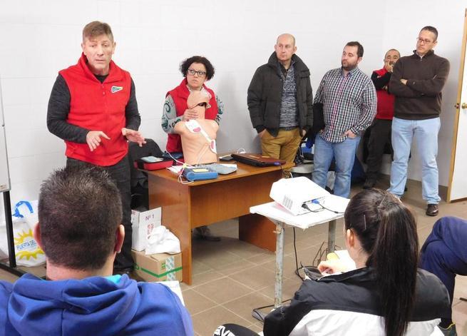 Imagen: Los primeros desfibriladores del programa de la Diputación Provincial se colocarán en Daimiel