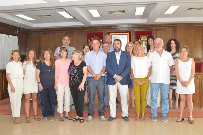 Imagen: Una delegación de la localidad francesa de Pontonx sur L' Adour visita Azuqueca
