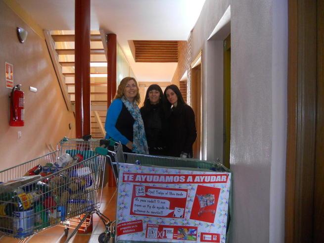 Imagen: La Biblioteca Municipal de Illescas ha cedido 500 kilos de alimentos