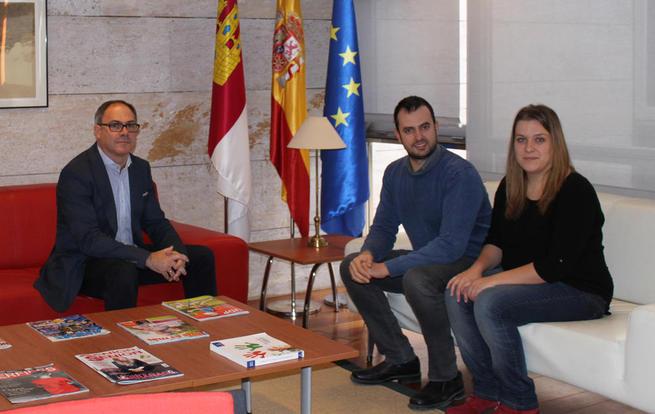 Imagen: El Gobierno de Castilla-La Mancha financiará 10.000 intervenciones de interpretación y mediación para personas sordas