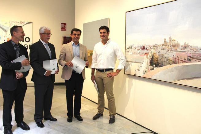 Javier Cuenca asegura que la Bienal de Artes Plásticas proyecta la imagen de Albacete internacionalmente a través del arte y la cultura