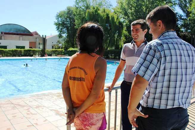 Javier Cuenca informa que 166.000 personas han utilizado las piscinas municipales de verano de Albacete desde su apertura hasta el 15 de agosto