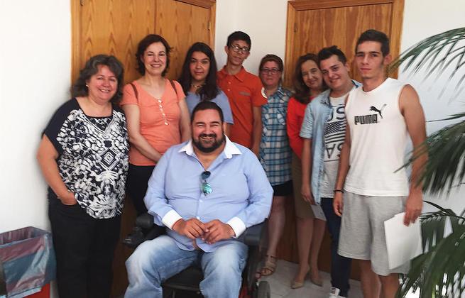 Imagen: El Programa 'Estudia-Trabaja' de Argamasilla de Calatrava, que este año está siendo ejemplo internacional, cierra otro curso con notable éxito para sus jóvenes beneficiarios