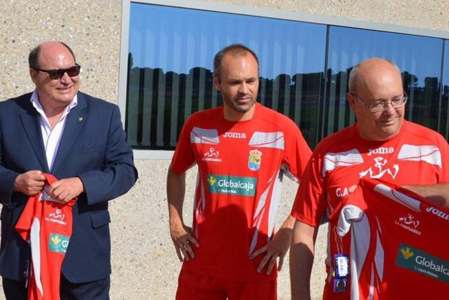 Imagen: Globalcaja renueva su apoyo con el Club Atletismo de Fuentealbilla