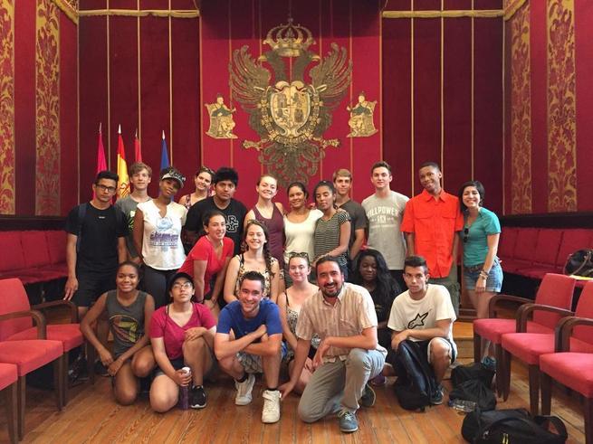 Imagen: El Ayuntamiento de Toledo recibe a jóvenes americanos que participan en el programa intercultural de la Fundación World Learning-Pandora