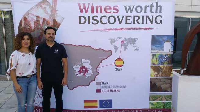 La 'Misión Inversa' de la DO La Mancha llega al Museo Torre del Vino de Socuéllamos