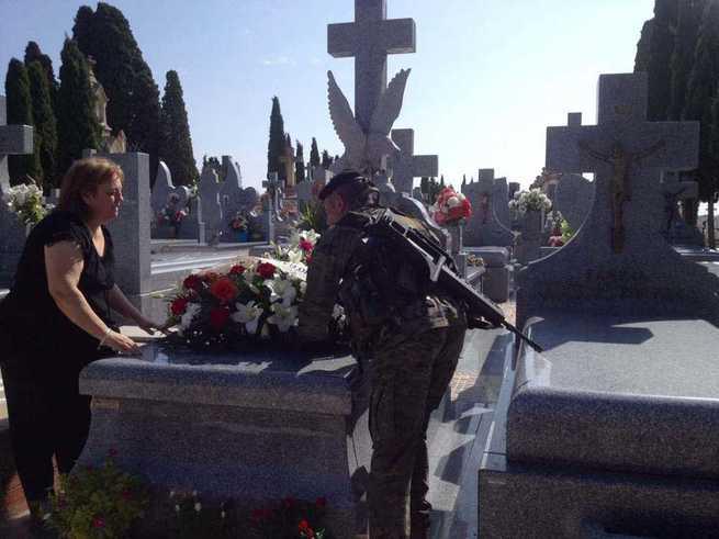 La BRIPAC rinde homenaje en Quintanar de la Orden a Antonio García Sierra fallecido durante unas maniobras en 2014