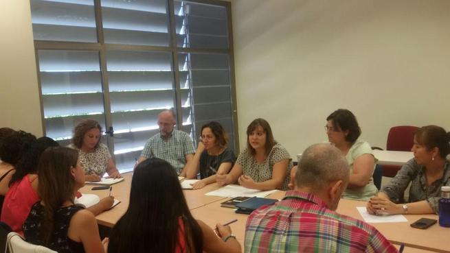 Imagen: La Mesa de Integración se reúne para abordar la problemática de las familias en riesgo de exclusión de Guadalajara