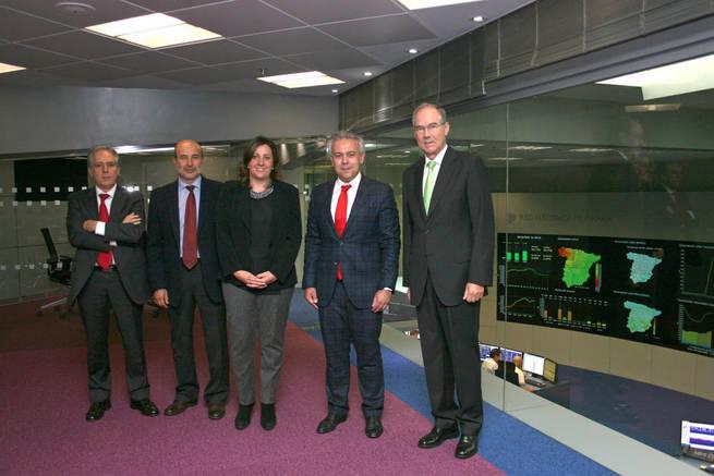 Imagen: Patricia Franco visita Red Eléctrica de España para conocer la situación actual del sistema eléctrico en la Región