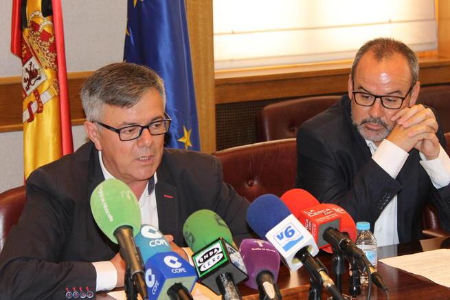 """Imagen: El vicepresidente económico destaca que la Diputación está cumpliendo con sus obligaciones """"incluso por encima de las previsiones exigidas"""""""