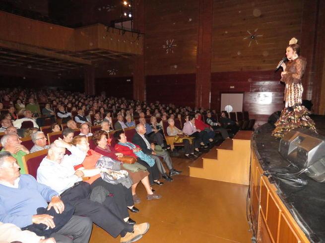 Imagen: Tres horas de copla y humor en el Gran Teatro de Manzanares