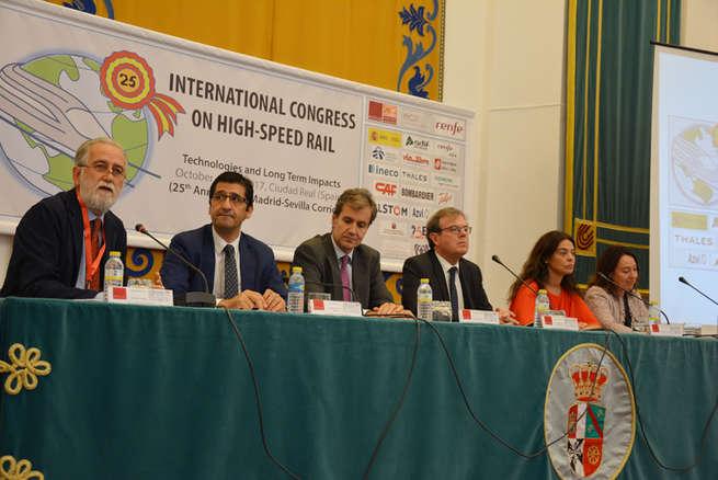 Un congreso de la UCLM reúne a los mejores expertos del mundo en Alta Velocidad para estudiar su futuro