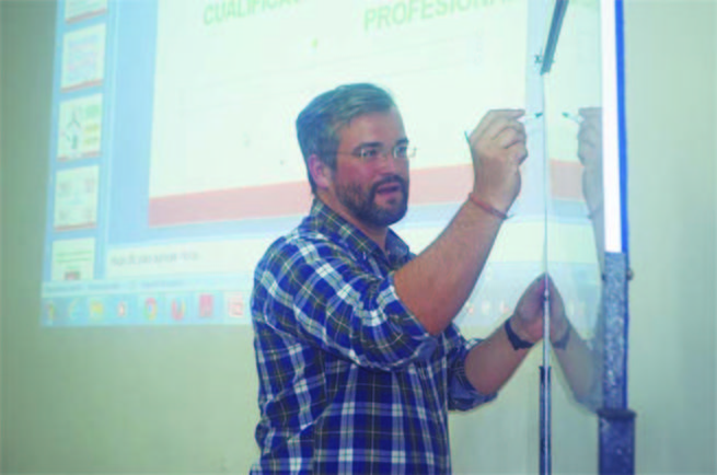 El Colegio de Políticas y Sociología de CLM ayuda a formar a los técnicos de empleo en Ecuador