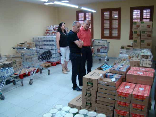 En torno a 70 familias se benefician del Banco de Alimentos gestionado por Servicios Sociales del Ayuntamiento de Villarrobledo