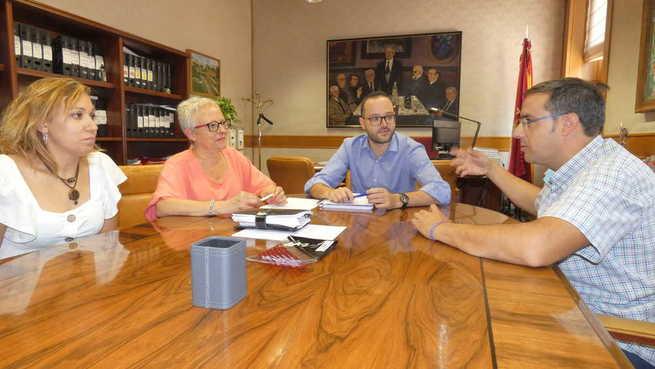 La Diputación de Albacete estudiará vías de colaboración con el ayuntamiento de Tobarra para la celebración en 2021 de las Jornadas Nacionales de Exaltación del Tambor y el Bombo