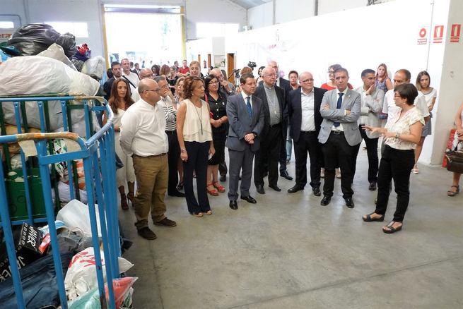 """Cabañero anuncia """"discriminación positiva"""" para empresas de inserción socio-laboral en los procedimientos de contratación"""