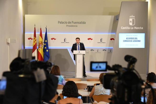 """Imagen: Castilla La Mancha continúa """"rearmando"""" las oficinas de empleo y amplía en seis meses la continuidad del personal de refuerzo"""