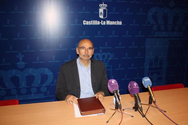Imagen: La inversión en vacunas del actual Gobierno de Castilla-La Mancha asegura la dispensación de vacunas infantiles a toda la región