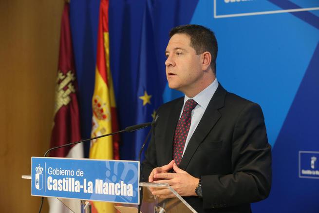 El presidente García-Page reclama la comparecencia de Rajoy para que dé cuenta de las negociaciones con la UE sobre el déficit de España