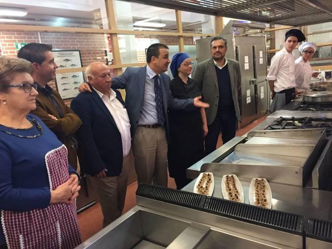 El Gobierno regional une a ganaderos y hosteleros para incluir en las cartas de los mejores restaurantes de Albacete el cabrito celtibérico