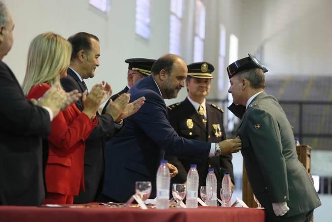 Castilla-La Mancha respalda a los Cuerpos y Fuerzas de Seguridad del Estado en el cumplimiento de la Constitución Española