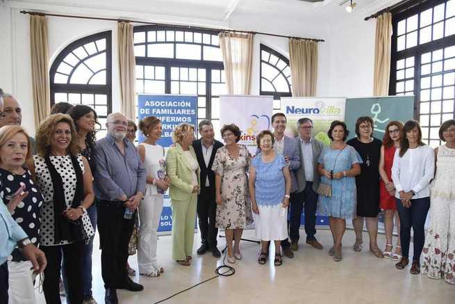El presidente García-Page se compromete a seguir ampliando la cobertura a los colectivos más vulnerables durante la próxima legislatura