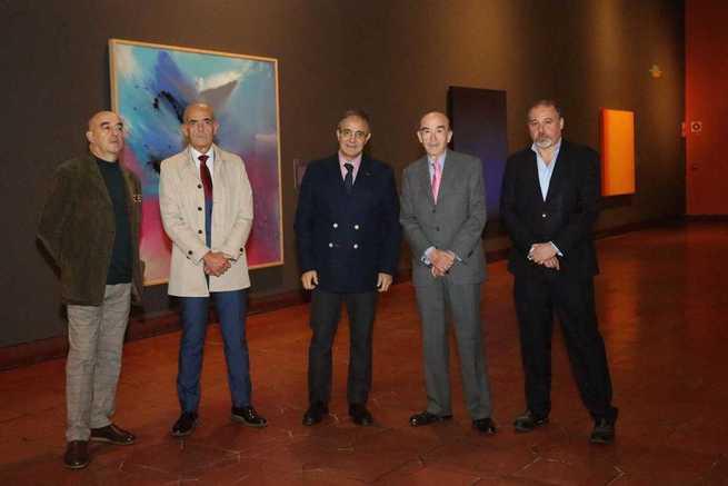 El Gobierno regional anima a visitar en el Museo de Santa Cruz la exposición 'Cielo y Tierra', ejemplo del compromiso con la cultura y de mecenazgo