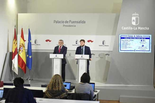 El Gobierno de Castilla-La Mancha aprueba la distribución por especialidades de las 1.050 plazas de empleo público docente que se convocarán en febrero