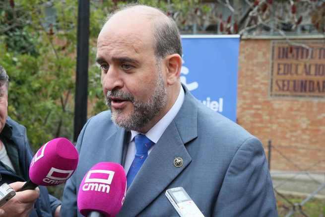 """Martínez Guijarro: """"Cuenca y Toledo jugarán en la primera división del arte contemporáneo internacional gracias a la colección Polo"""""""