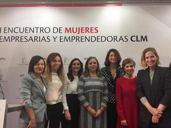 El Gobierno regional considera necesario incorporar a la agenda del sector empresarial las necesidades de las mujeres