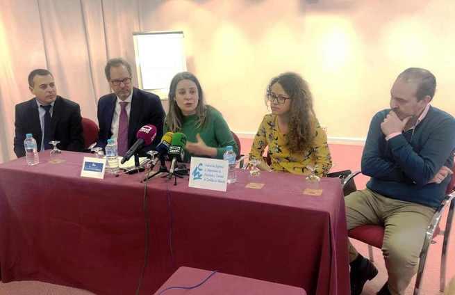 El Gobierno regional colabora con la Federación de Hostelería en la formación de profesionales para la prevención de la violencia de género