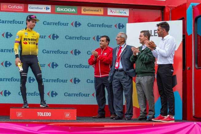 El Gobierno de García-Page trabajará para que 'La Vuelta' vuelva a Castilla-La Mancha el próximo año por ser un revulsivo turístico y deportivo