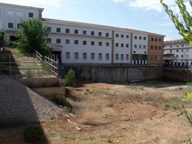 Imagen: Huete reitera a la Junta la necesidad de obtener una respuesta inmediata a la petición para ampliar el plazo de cesión de los terrenos de Astrana Marín