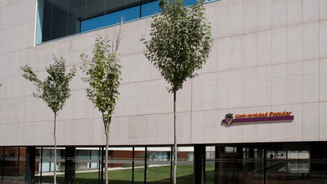 El personal interino de la Universidad Popular de Albacete recupera el 33% de la jornada que se le redujo por el plan de ajuste del año 2012
