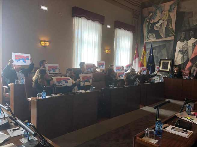 El Grupo Popular de la Diputación denuncia sectarismo político y discriminación en la ejecución del Plan de Caminos