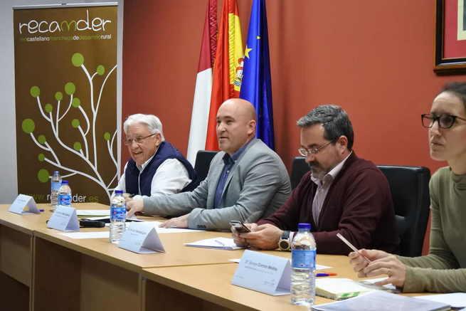 El Gobierno regional avala el trabajo de los 29 grupos de desarrollo rural de Castilla-La Mancha con quienes colabora para garantizar el futuro del medio rural