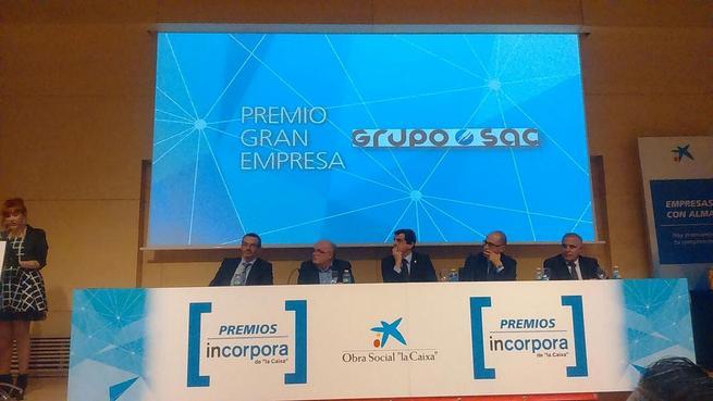 """Imagen: GRUPO SAC mejor Gran Empresa de Castilla-La Mancha 2015 en los premios INCORPORA-CLM de """"La Caixa""""."""