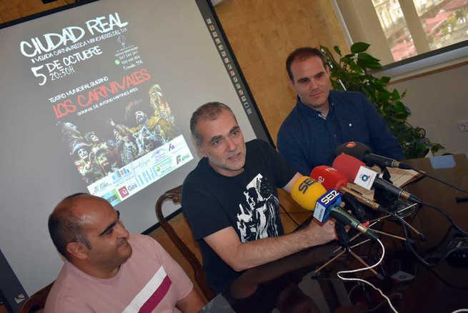 """La comparsa """"Los Carnívales"""" de Antonio Martínez Ares actúa este sábado sobre las tablas del Teatro Quijano de Ciudad Real"""