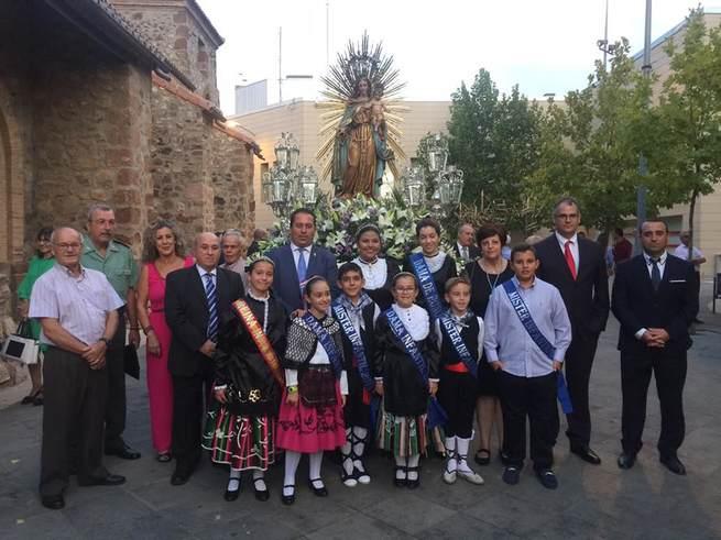 Porzuna vive con devoción las fiestas de la Virgen del Rosario y el Mercado Medieval