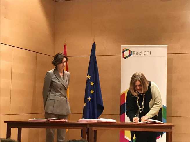 Marta Segarra asiste a la constitución de los órganos de gobierno de la Red de Destinos Turísticos Inteligentes